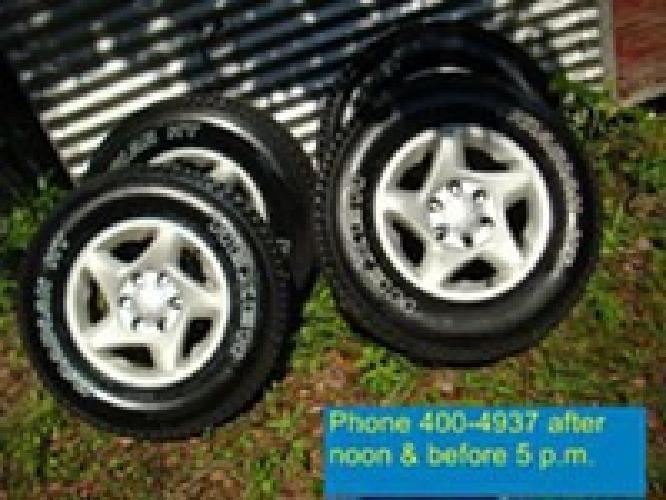 $575, (4) Toyota 6 lug Alloy wheels & tires - $575(north Jacksonvile, Fl)