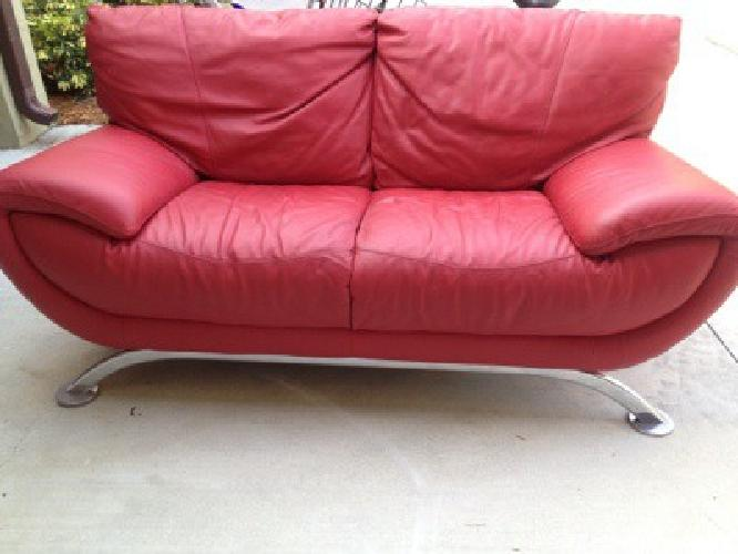 585 Obo Modern Red Leather Natuzzi Sofa And Loveseat For