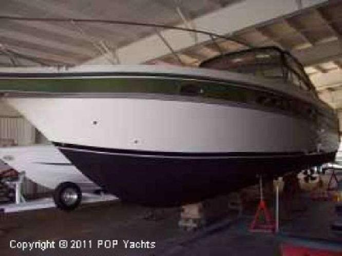 1997 Maxum 4100SCR Only 277 hours on this fresh water boat.