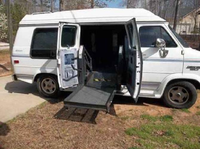 5 000 1993 Chevy Series 20 Handicap Van W Lift For Sale