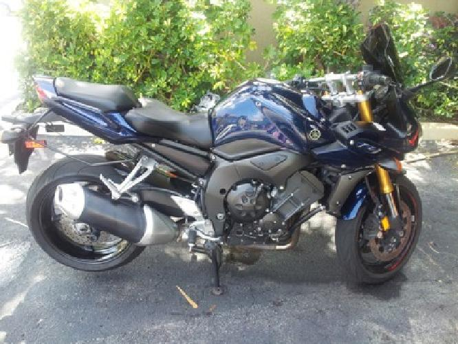$5,000 OBO 2007 Yamaha FZ1