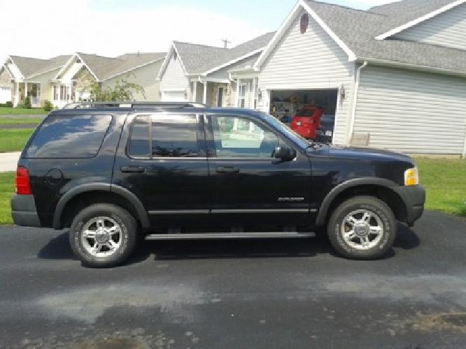 $5,500 OBO 2004 Ford Explorer