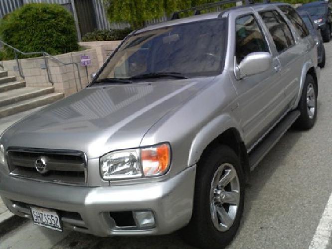 $5,700 One owner Nissan Pathfinder