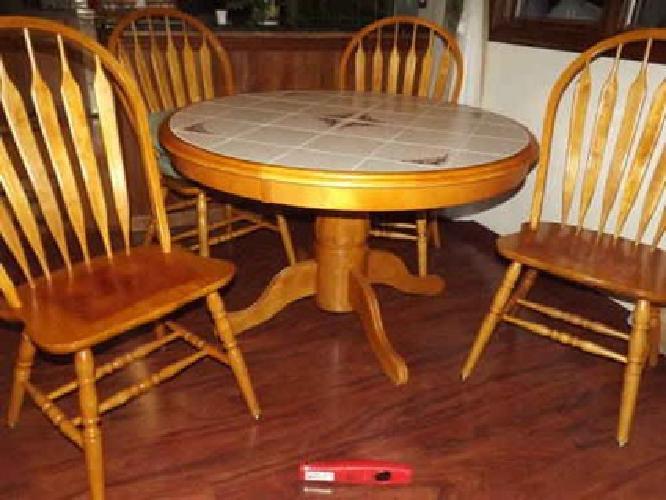 5 Piece Solid Wood Oak Pedestal Dining Set