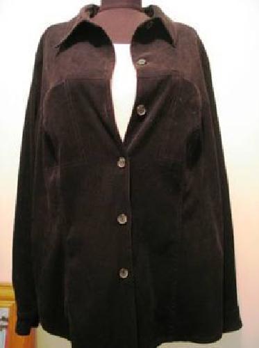 $5 Venezie Jeans Clothing Co. Ladies Long Sleeve Black Shirt