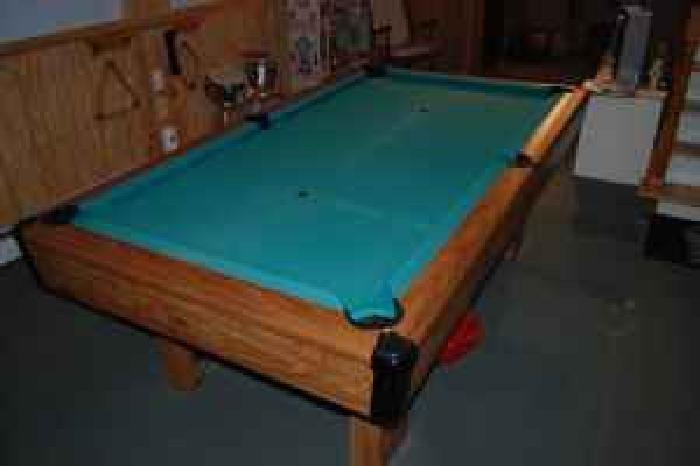 Up for sale is a brunswick bristol 2 7 foot pool table in for Brunswick pool