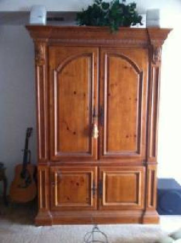 600 Ethan Allen Tuscany Collection Armoire For Sale In