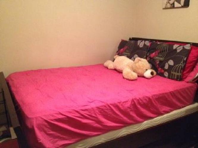$600 Gorgeous Cherry Full Queen 10 Piece Bedroom Set $600
