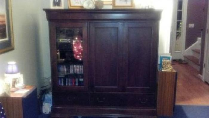 $600 Solid Cherry Wood Entertainment Center By Hooker Furniture