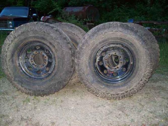 $650 Cooper LT285-75R16, OWL, tires & wheels (Conneautville,Pa.)