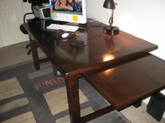 650 pottery barn lucas desk for sale in san antonio texas classified. Black Bedroom Furniture Sets. Home Design Ideas
