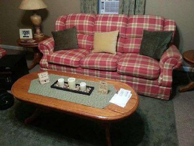 $675 LIVING ROOM SUITE, 7pc, -