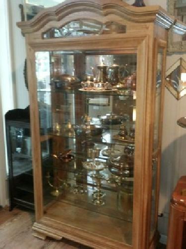 695 Solid Oak Scalloped Top Curio Cupboard For Sale In