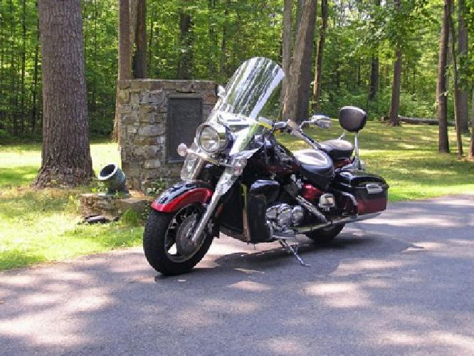 $6,000 2005 Yamaha Royal Star Tour Deluxe