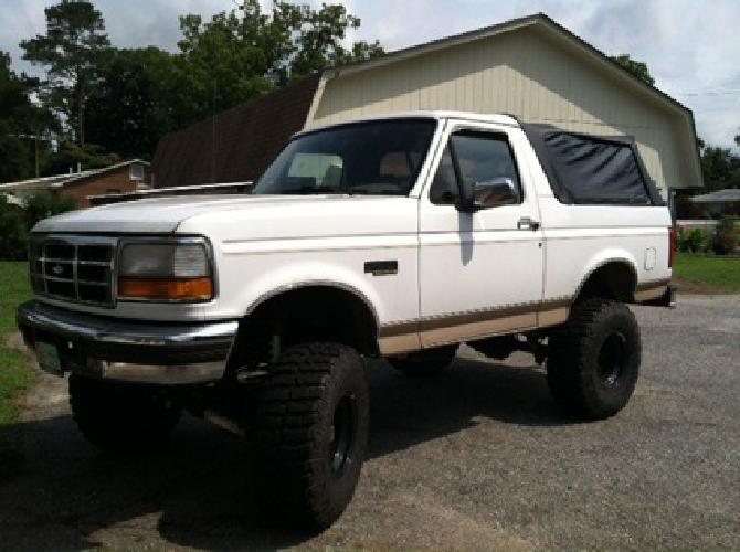 $6,800 OBO 96 Ford Bronco