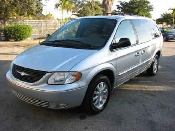 6 995 2003 chrysler town country lxi call raul for. Black Bedroom Furniture Sets. Home Design Ideas