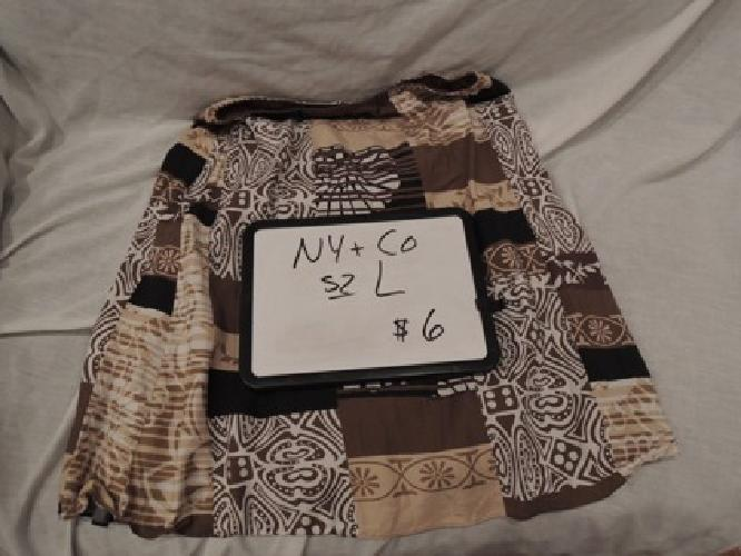 $6 New York and Company, Size Large Skirt