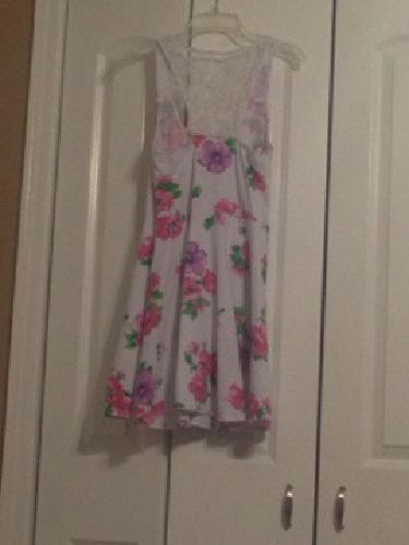 $6 Womens or Juniors Medium Aeropostale Dress
