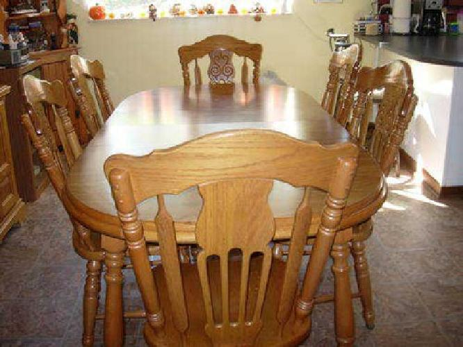 700 Virginia House Dining Room Table 6 Chairs And China Closet For Sale In New Eagle