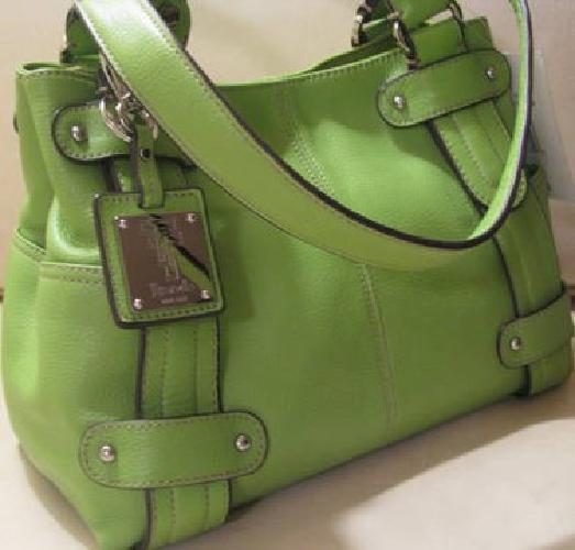 70 Tignanello Perfect 10 Studded Per Leather Handbag Green New