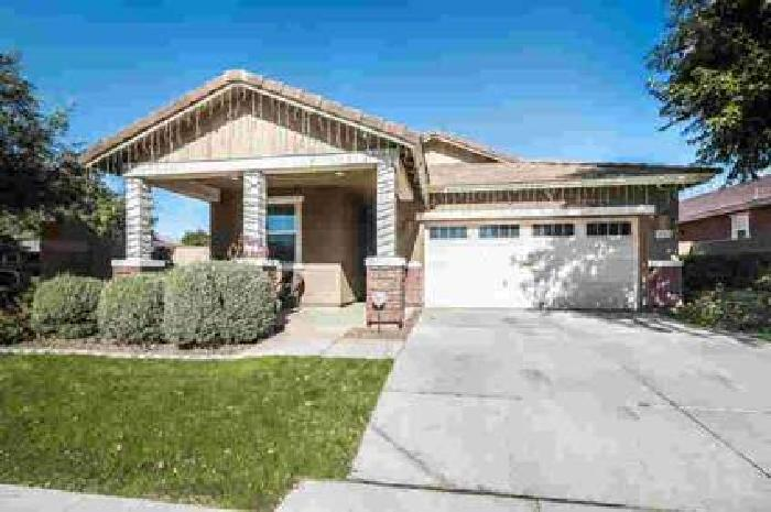 7452 E ONZA Avenue Mesa, Lovely Four BR home with 3 full