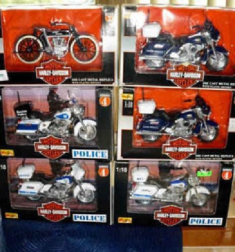 $75 Harley Davidson 1:18 Die Cast Models