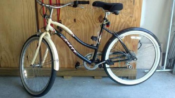 $75 Huffy Ocala Ladies Beach Cruiser Bike, Super Cute! for ...