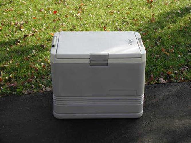 $75 Igloo Thermoelectric Cooler/Warmer
