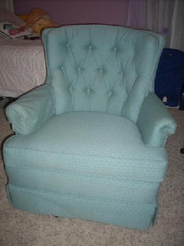 75 Obo Ladies Upholstered Swivel Rocker For Sale In