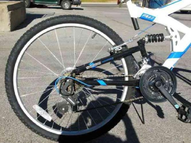 $75 Only two months used Bicycle with pumper & lock (Oklahoma city 73106)