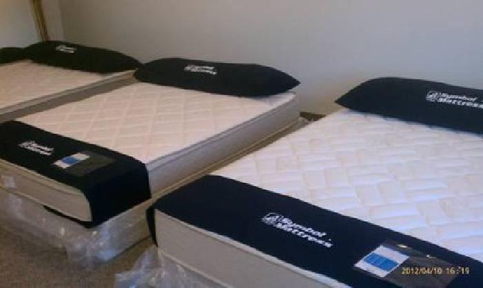 $785 New Memory Foam Bed New in Plastic Never Used for