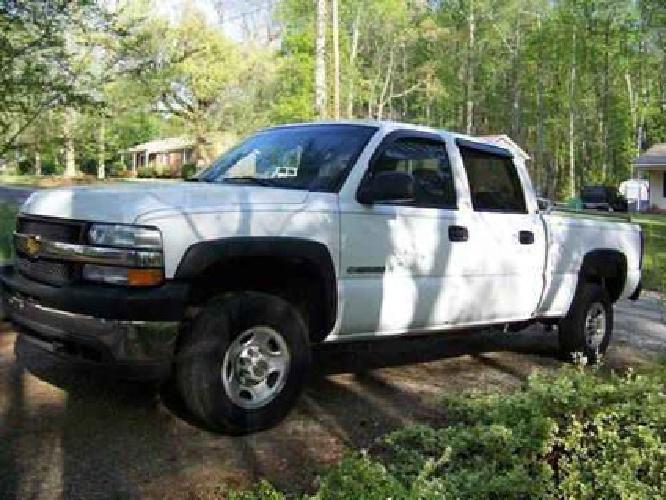 7 000 2001 chevy silverado 2500 hd crew cab white for sale in greensboro north carolina. Black Bedroom Furniture Sets. Home Design Ideas