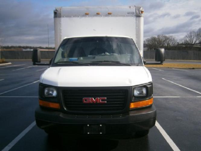 7 000 2004 gmc box truck nashville tn for sale in nashville tennessee classified. Black Bedroom Furniture Sets. Home Design Ideas