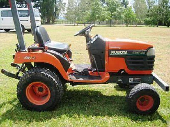 $7,000 2004 Kubota Bx2230d