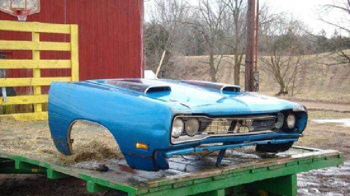 $7,500 1969 Dodge Super Bee front clip