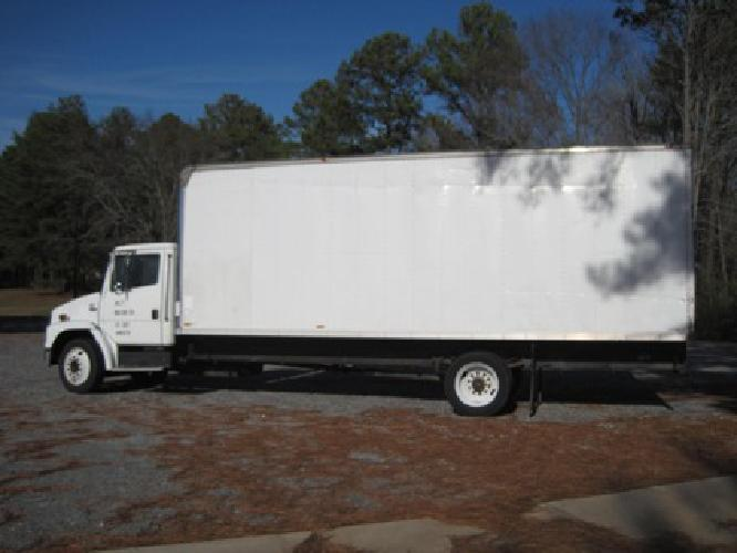 $7 500 2000 Freightliner FL 60 Utility Truck for sale in