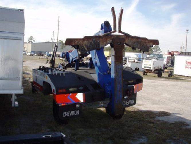 $7,500 Repo Wrecker for sale in Jacksonville, Florida