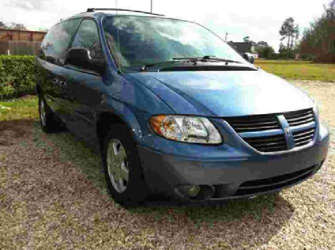 $7,980 TAX SALE**2007 Dodge Grand Caravan 4dr Wgn SXT *Ltd Avail*