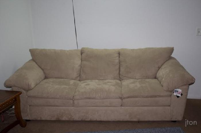 800 Klaussner Microfiber Pillow Top Couch And Loveseat