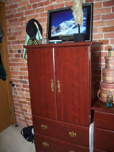 $80 2 Handy Dressers