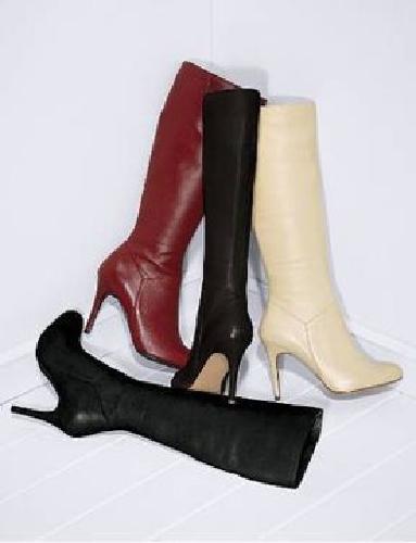 $80 Colin Stuart Round Toe Stiletto Boot