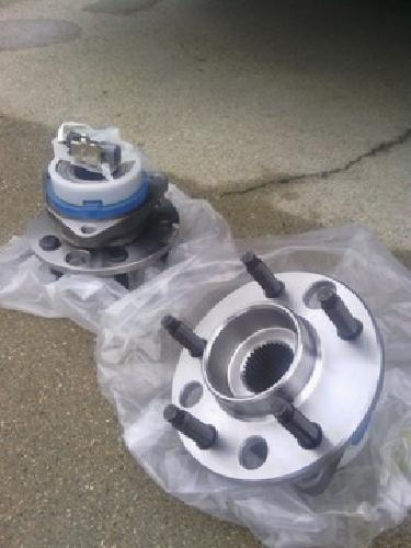 $80 OBO New Rear wheel bearing and hub assembly, both sides