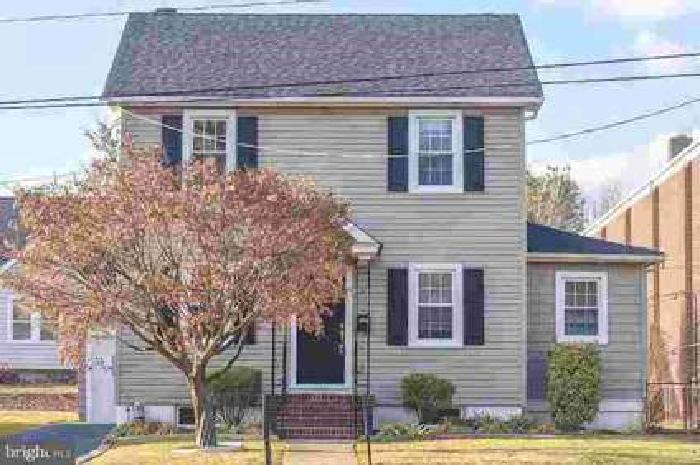 811 E Newport Pike Wilmington Three BR, Spacious Home at a Great