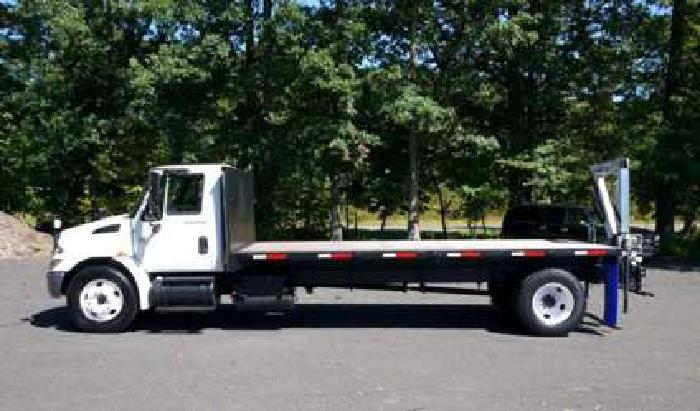 8467 - International Auto Crane Knuckleboom Crane Truck
