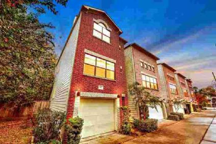 847 W 25th Street Houston Two BR, Beautiful end unit detached