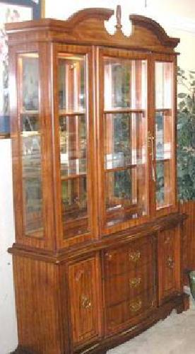 850 Bassett Cherry Wood Dining Set Hutch Table Amp Chairs