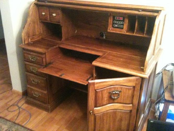 850 oak rolltop computer desk retails for 1500 for sale for Furniture in bellingham wa