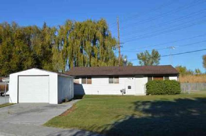 870 Kearney Place Idaho Falls Three BR, This cute home located in