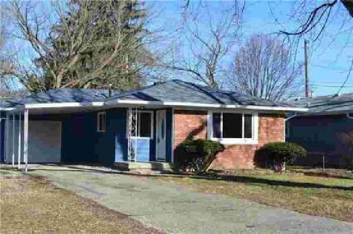 8814 West 30th Street Indianapolis, Beautiful home is move