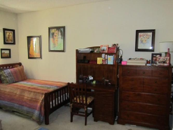 899 obo wooden matching bedroom furniture set for sale in los angeles